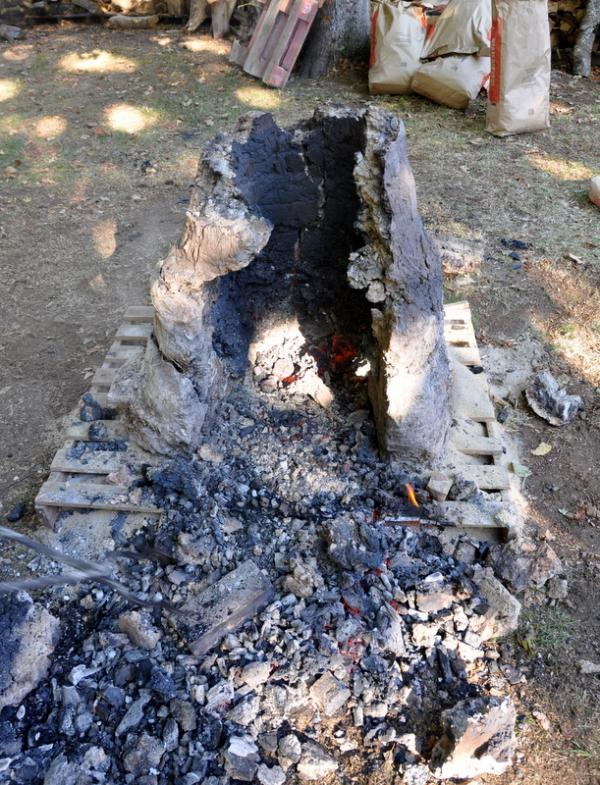 Les restes du bas-fourneau démonté